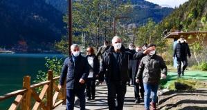 Başkan Zorluoğlu Uzungöl'deki çalışmaları inceledi