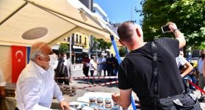 Başkan Zorluoğlu'ndan aşure ikramı