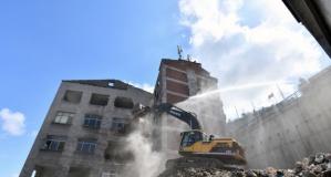 Çömlekçi'de yıkımlar başladı