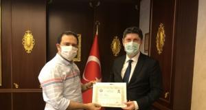 Kaymakam Fırat'tan Sağlık çalışanlarına başarı belgesi