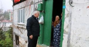Of Vefa Destek Ekipleri yaşlıların yanında