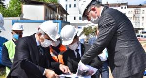 Başkan Zorluoğlu millet bahçesinde incelemelerde bulundu