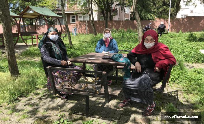 65 yaş üstü vatandaşlar sokağa indi