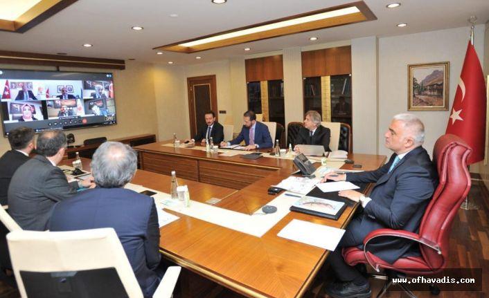 Başkan Zorluoğlu Bakan Ersoy'la turizmi masaya yatırdı