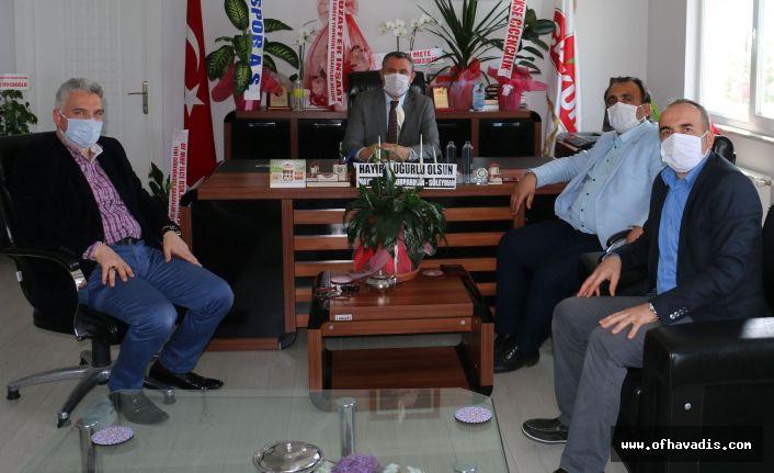 Keleş ve Yaşar'dan Müdür Kurnaz'a hayırlı olsun ziyareti