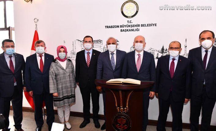 Bakan Karaismailoğlu büyükşehiri ziyaret etti