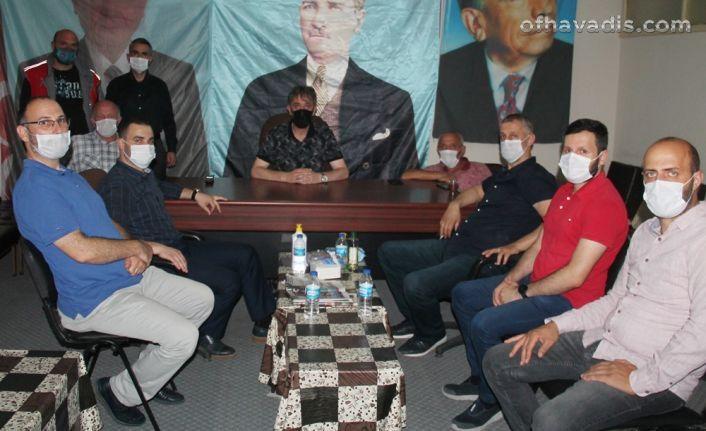 Saadet'ten MHP Of İlçe Başkanlığına ziyaret
