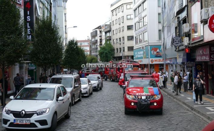 Trabzon İtfaiyesi'nden Azerbaycan Bayraklı şehir turu