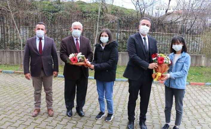 Kaymakam Çiçek FSM ve Pınaraltı okullarını ziyaret etti
