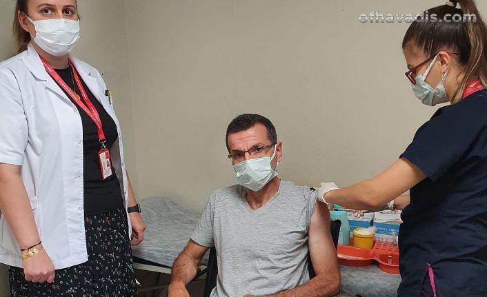 Of Devlet Hastanesi'nde aşı yoğunluğu