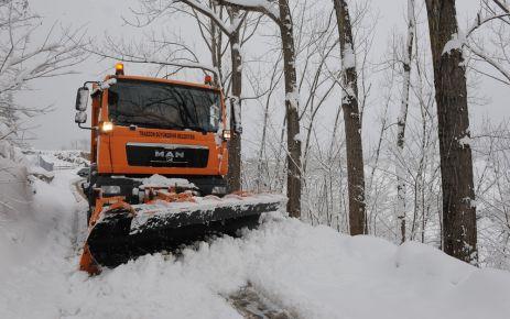 250 iş makinesi ve 750 personelle kar mücadelesi