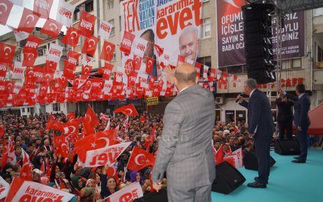 Ak Parti MHP ve STK'lar EVET mitinginde buluştu