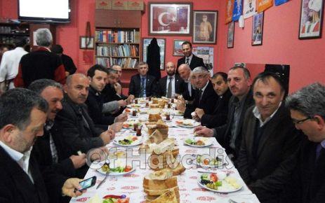Ak Parti Of İlçe Teşkilatı kahvaltıda buluştu