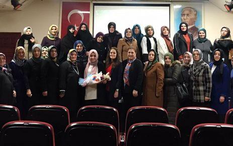 """AK Parti'den kadınlara """"Bağımlılıkla Mücadele"""" eğitimi"""