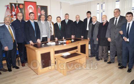 Atalay, Kaymakamlık, Belediye ve Ak Parti'yi ziyaret etti