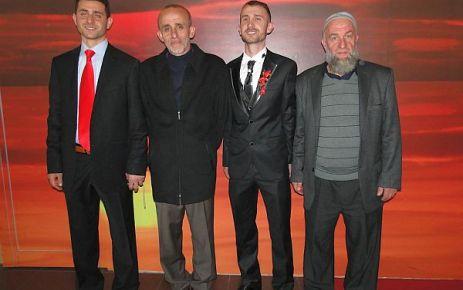 Aydın ve Muratoğlu ailelerinin mutlu günü