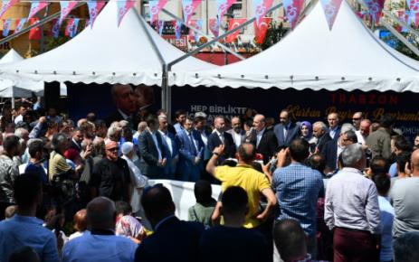 Bakanlar Soylu ve Turhan Trabzonlularla bayramlaştı