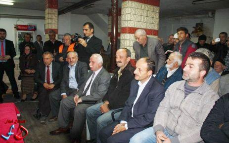Başkan Gümrükçüoğlu Dernekpazarılılarla buluştu