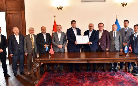 Büyükşehir Bem-Bir-Sen ile sosyal denge anlaşması imzaladı