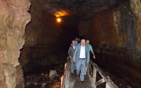 Büyükşehir Çal Mağarası'nı modernize ediyor