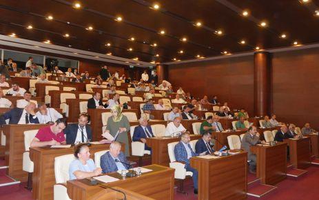Büyükşehir Meclisi Maçka Şehitleri anılarak açıldı