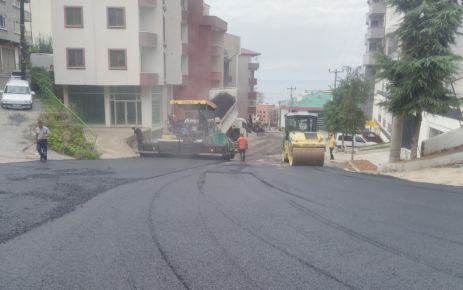 Büyükşehirden mahallelere 310 bin ton asfalt