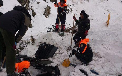 Çaykara'da 2 işçinin cansız bedenine ulaşıldı
