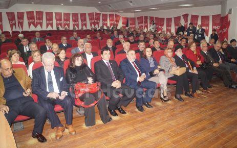 CHP'nin kongresinde Kaptanoğlu yeniden başkan seçildi