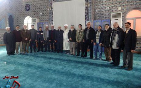 Dernekpazarı'nda Mevlid-i Nebi konferansı
