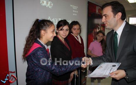 Dernekpazarı'nda Öğretmenler Günü kutlandı