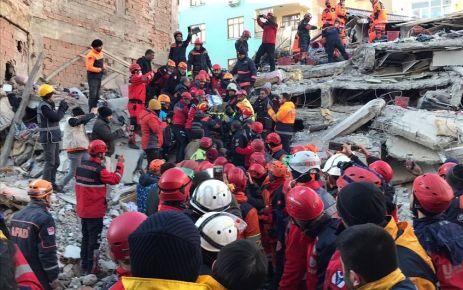 Elazığ'da deprem; 22 kişi vefat etti, 1234 kişi yaralandı