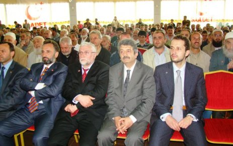 Fatih Erbakan Of'ta Saadetlilerle buluştu