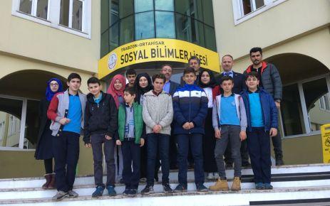 Gürpınarlı öğrencilerden Sosyal Bilimler ve Kanuni Evi ziyareti