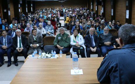 Hasan Paşa mezun olduğu okulun öğrencileriyle buluştu
