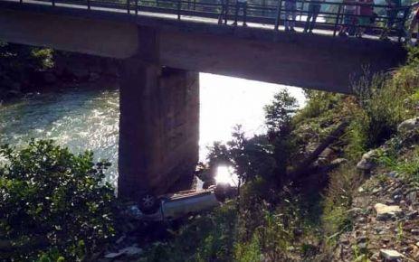 Hayrat yolunda iki kazada 1 ölü 6 yaralı