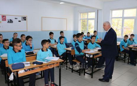 Kabahasanoğlu'ndan 8. Sınıf öğrencilerine motivasyon ziyareti