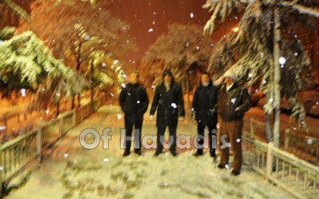 Kar, Of'ta büyüklere çile, çocuklara neşe oldu