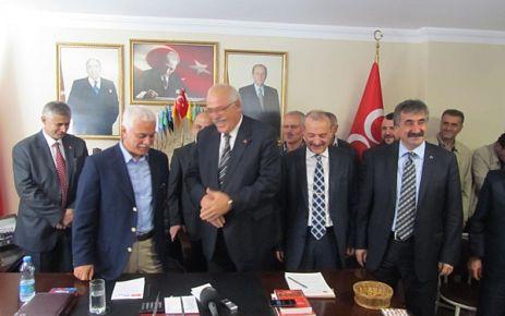 Karaçam Başkanı Sevinç MHP'de