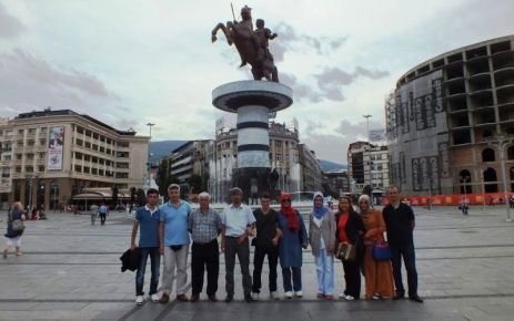 Kaymakam Arslan'dan başarılı öğrencilere Balkan Turu