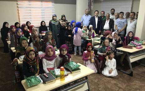 Kaymakam Fırat'tan Bölümlü'deki kız öğrencilere ziyaret