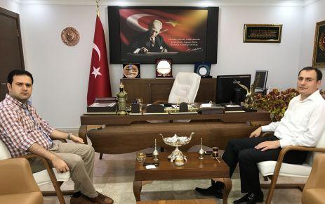 Kaymakam Türker'den Kaymakam Fırat'a ziyaret