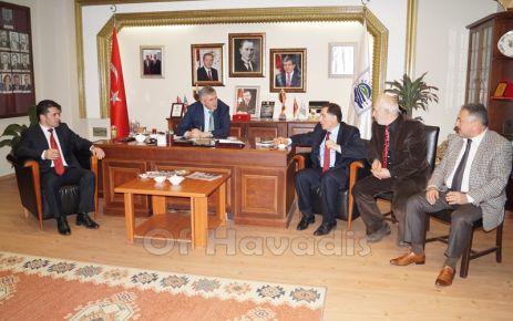 Malkoç ve Çebi Başkan Sarıalioğlu'nu ziyaret etti