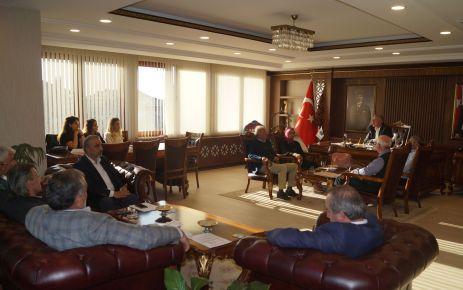 Meclis Toplantısının konukları Çevre Mühendisliği öğrencileri