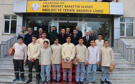 Mekap'tan Ulusoy MTAL öğrencilerine İş güvenliği ayakkabısı