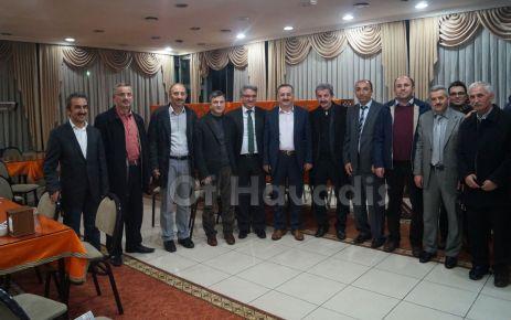 Memursen İl Başkanı Kara Of'ta okul temsilcileriyle buluştu