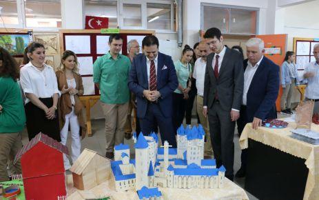 Mikdat Sarıalioğlu Ortaokulundan yılsonu sergisi