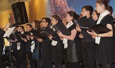 Mikdat Sarıalioğlu'ndan Karadeniz Müzikleri Konseri