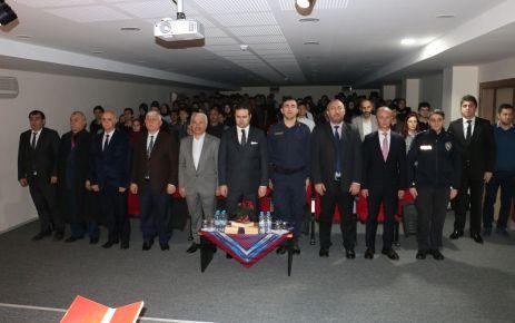 Milli Şairimiz Mehmet Akif ölümünün 83. yılında anıldı