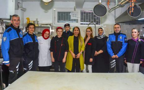 Müdür Alper'den Aşçı Yardımcılığı kursiyerlerine ziyaret