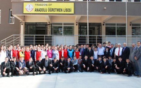 Of Anadolu Öğretmen Lisesi eğitime başladı